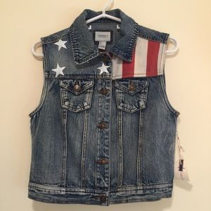 F21 American Flag vest size S NWT